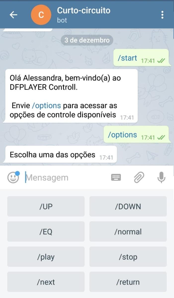 """Ao enviar o comando """"/options"""", o teclado do Telegram será ajustado com as opções de controle disponível na programação."""